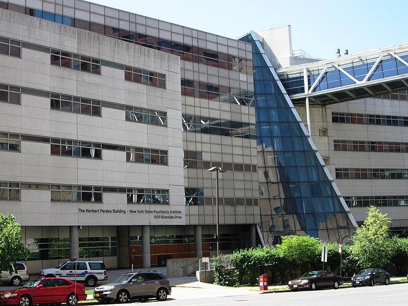 Arredores do New York State Psychiatric Institute Herbert Pardes 800px-New_York_State_Psychiatric_Institute_Herbert_Pardes_Building_close-up