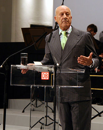 Norman Foster, Baron Foster of Thames Bank - Image: Norman Foster dresden 061110