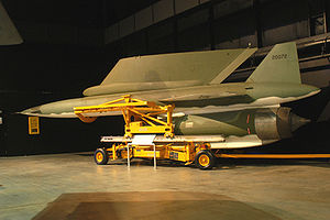 AGM-28 Hound Dog - Hound Dog and its mounting pylon, which includes electronics and refueling systems