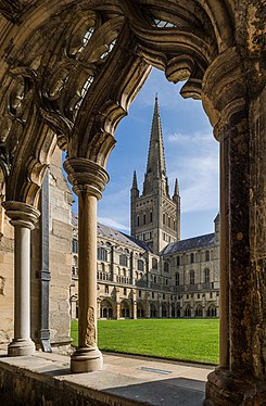Norwich Cathedral from Cloisters, Norfolk, UK - Diliff.jpg