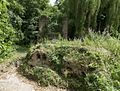 Onderdeel van de kasteelruïne, met de verwilderde tuinaanleg - Asten - 20535945 - RCE.jpg