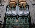 Orgue d'Aix-en-Provence,cathédrale St Sauveur,buffet contenant l'instrument,côté Evangile.jpg