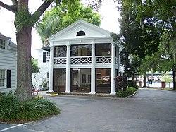 Orlando Bridges House01.jpg