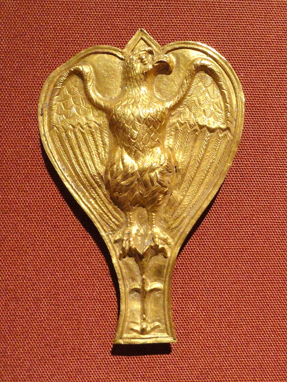 Ornament with Eagle, 100-200 AD, Roman, gold - Cleveland Museum of Art - DSC08277