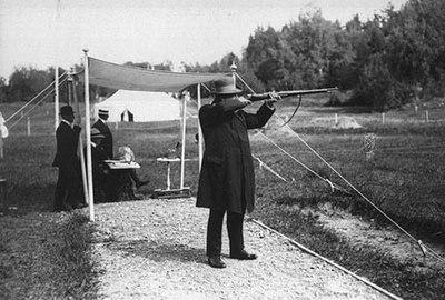 Oscar Swahn 1912 Olympic games.jpg