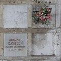 Père-Lachaise - Division 87 - Columbarium - Cavell 01.jpg