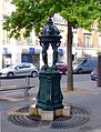 P1050183 Paris XV place Charles-Vallin fontaine Wallace rwk.jpg