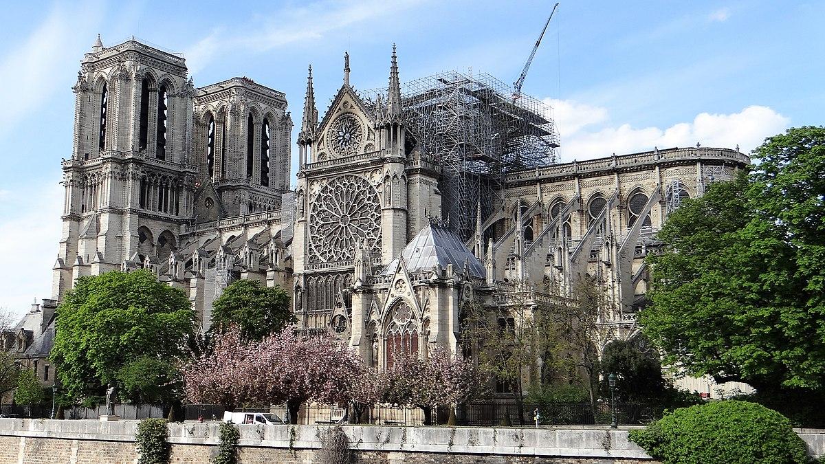 Notre Dame po požáru