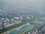 Paris Tour Eiffel Blick von der 3. Ebene aufs Grand Palais 1.jpg