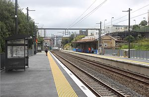Parnell Railway Station platforms.jpg