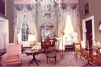Green Room (White House) - First Lady Pat Nixon unveils her changes to the White House Green Room, 1971