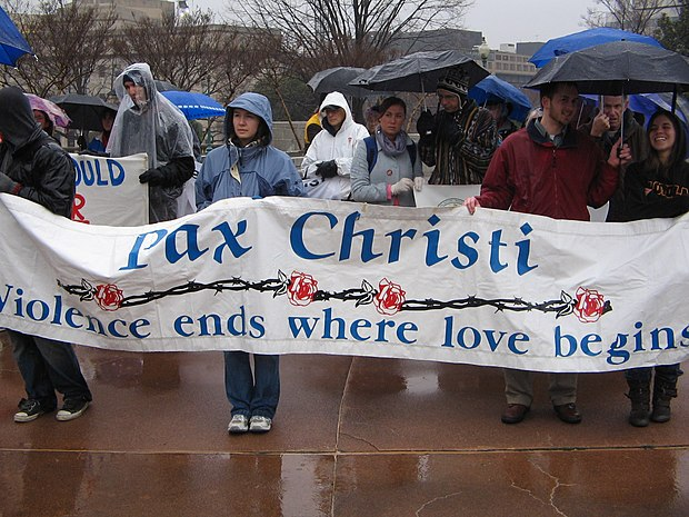Pax Christi protesting the U.S. invasion of Iraq. (Washington, D.C., March, 2008). Pax Christi supporting peace and protesting war.jpg