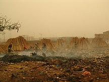 Mali-Industria-People working at a Garbage Field in Bamako - 14th February 2005
