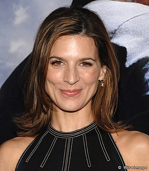 3 (The X-Files) - The romantic scenes  between David Duchovny and his then-girlfriend Perrey Reeves (pictured) were widely criticized.