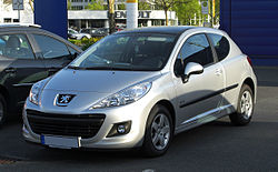 Peugeot 207 75 Urban Move (Facelift) – Frontansicht, 9. April 2011, Ratingen.jpg