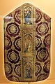 Pianeta con santi, in damasco paonazzo broccato d'oro e ricami, dal duomo di massa marittima, 1490 ca. 01.jpg
