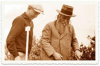 Yokneam Moshava - Yehoshua Hankin planting a tree in the Jezreel Valley.