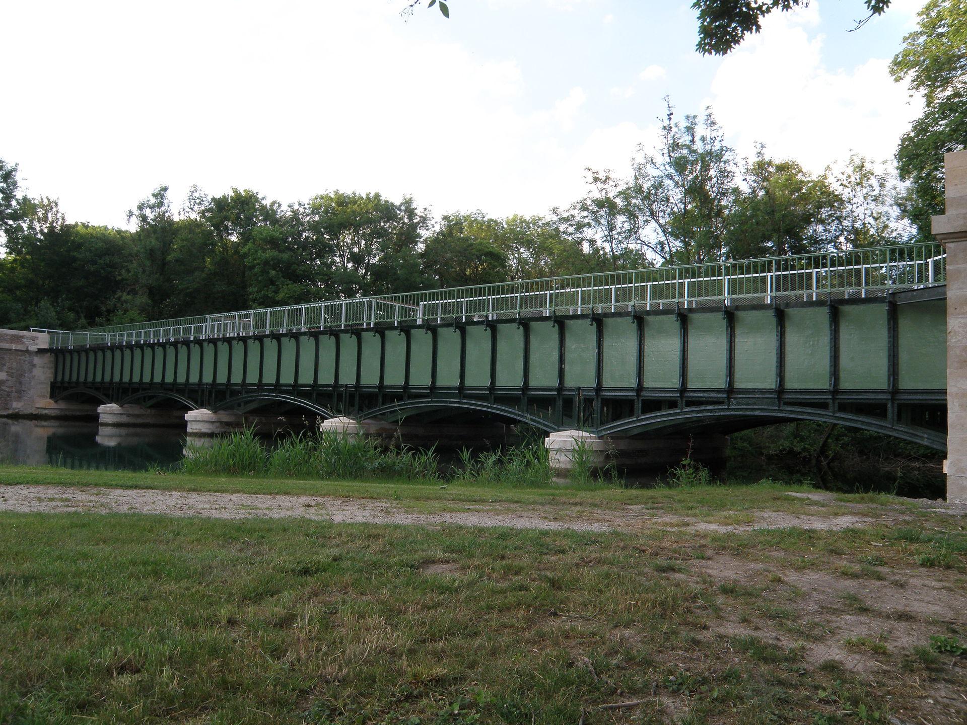 pont canal de barberey saint sulpice wikip dia. Black Bedroom Furniture Sets. Home Design Ideas