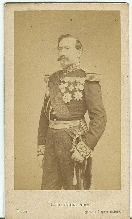 File:Portrait Bourbaki.JPG