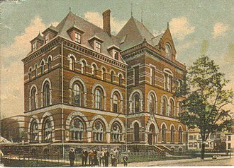 Peabody Museum of Natural History - The museum as shown on a postcard mailed in 1909