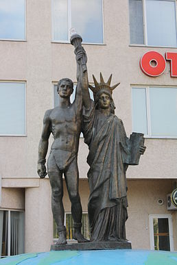 Prometheus and Statue of Liberty.JPG