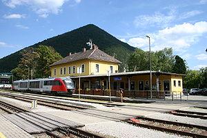 Schneeberg Railway - Image: Puchberg Bahnhof (Bild 1)