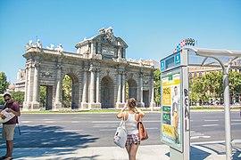 Puerta de Alcalá (8054103577)