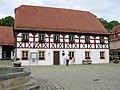 Rathaus Heiligenstadt - panoramio.jpg