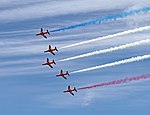 Red Arrows 13 (14398769665).jpg