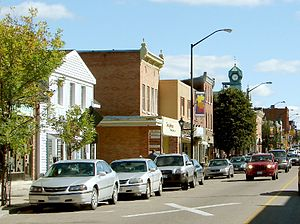 Renfrew, Ontario - Raglan Street in the centre of Renfrew
