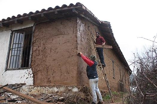 Ремонт своими руками в саманном доме