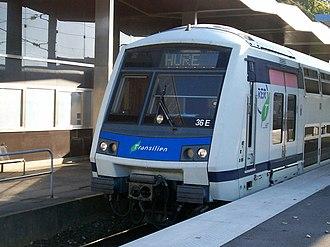 Émerainville–Pontault-Combault station - Image: Rer E hure emerainville