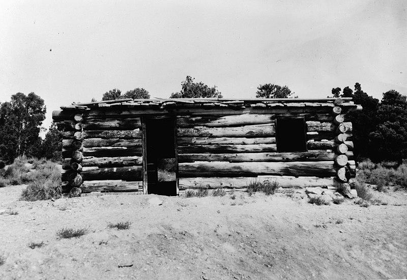 File:Rhodes Cabin.jpg