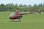 Robinson R22 Beta 'G-ETIN 10' (40064449270).jpg