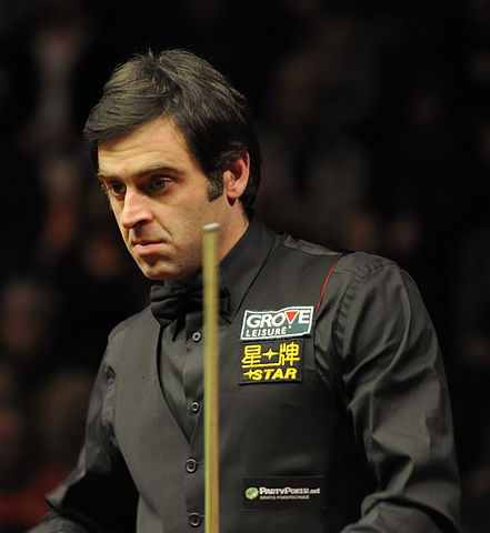 http://upload.wikimedia.org/wikipedia/commons/thumb/a/a6/Ronnie_O%E2%80%99Sullivan_at_German_Masters_Snooker_Final_%28DerHexer%29_2012-02-05_23.jpg/441px-Ronnie_O%E2%80%99Sullivan_at_German_Masters_Snooker_Final_%28DerHexer%29_2012-02-05_23.jpg