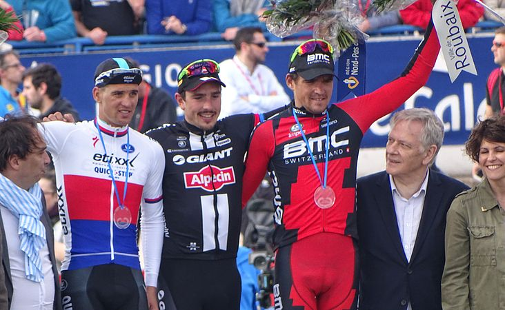 Roubaix - Paris-Roubaix, 12 avril 2015, arrivée (B37).JPG