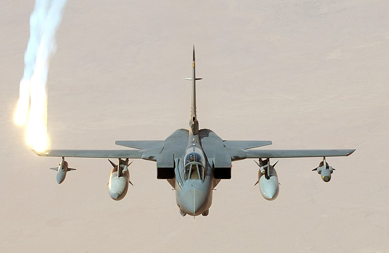 800px-Royal_Air_Force_GR4_Tornado_(2184213772).jpg