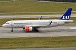SAS, SE-ROC, Airbus A320-251N (40140256841).jpg
