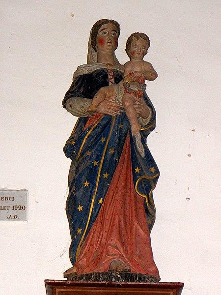 Chapelle des Haies en Saint-Berthevin-la-Tannière (53). Vierge à l'Enfant.