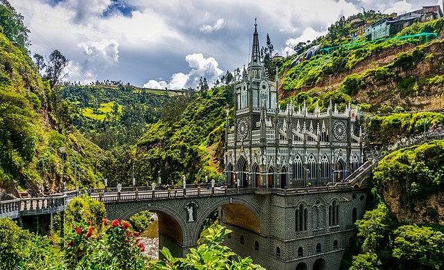 Santuario de Las Lajas, por GameOfLight