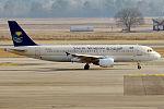 Saudi Arabian Airlines, HZ-ASA, Airbus A320-214 (16454903891) (2).jpg