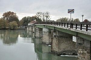 Schärding_Alte_Innbrücke.JPG