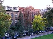 School. Kraków ul. Bernardyńska 7 1