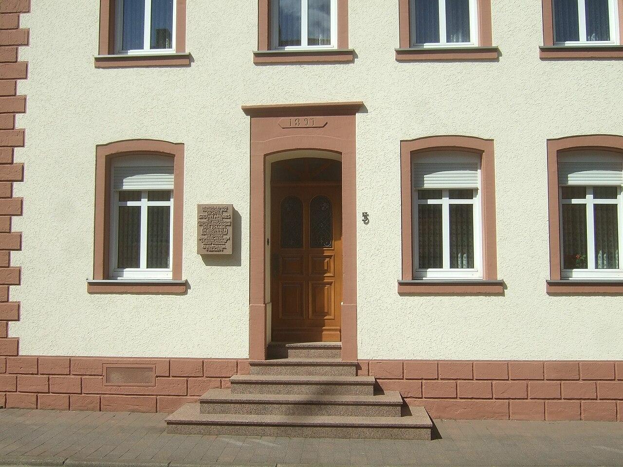 file schweich wohnhaus stefan wikimedia commons. Black Bedroom Furniture Sets. Home Design Ideas