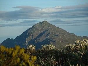 Pico Naiguatá - Image: Scratching the Sky