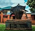 Sculpture of the Nvuma Clan.jpg
