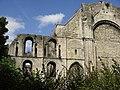 Section of ruined wall, Malmesbury Abbey - geograph.org.uk - 1947156.jpg