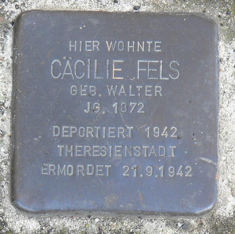 Segnitz Stolperstein Fels, Cäcilie.jpg