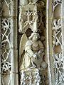 Serans (60), église Saint-Denis, portail, ange musicien de l'archivolte 2.jpg