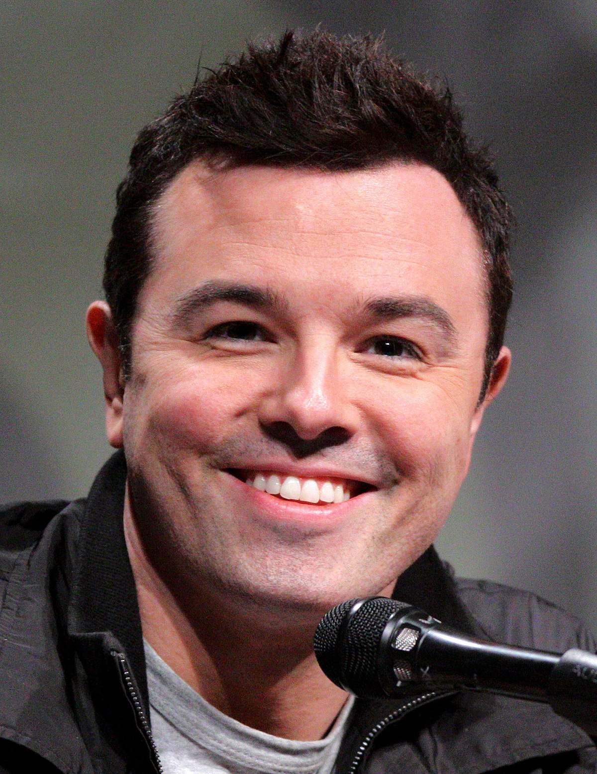 seth macfarlane Hace 14 horas  seth macfarlane is calling out fox news' fringe practices after a controversial statement made by tucker carlson the creator of family guy and the.